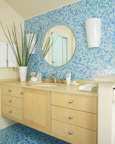 5 techniques to use blue color in bathroom tile design in for Blue and brown bathroom designs