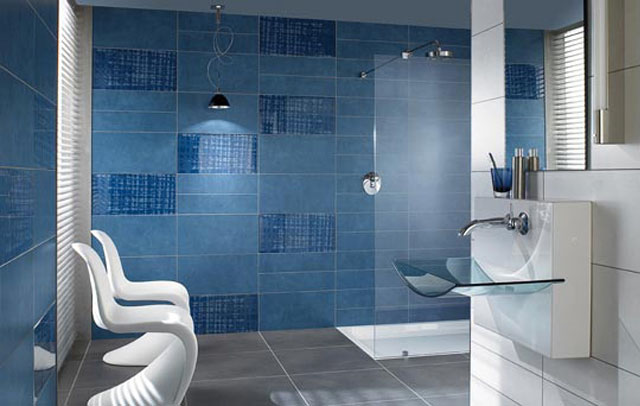 5 techniques to use blue color in bathroom tile design in for Blue tile bathroom ideas