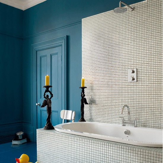 5 techniques to use blue color in bathroom tile design for Bathroom color ideas blue