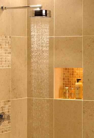 Shower idea from Limousin limestone tiles – FTD Company, San Jose, California # Nicho Para Shampoo Banheiro